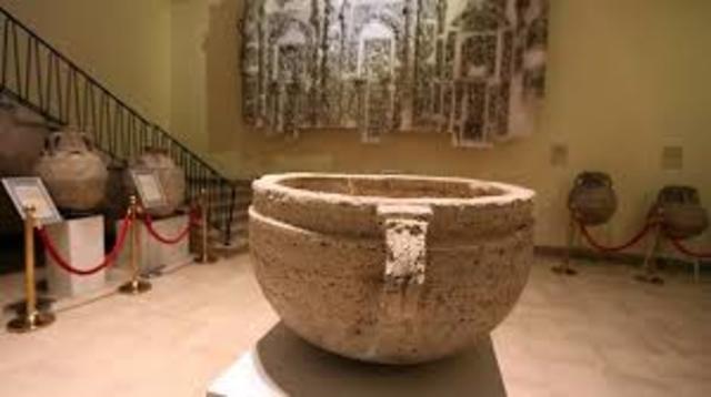 Ambito Cultural. Saqueo de mas de 5 mil piezas de alto valor en 13 museos de Irak