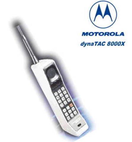 Celular de la historia DinaTAC 8000X