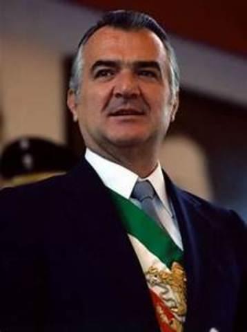 Sube al poder Miguel de la Madrid.