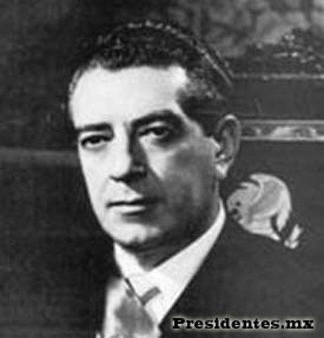 Se elige el presidente Adolfo Ruiz Cortines