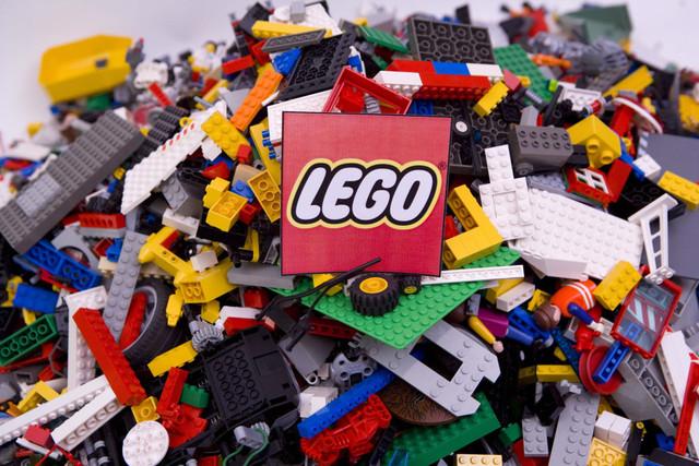 La famosa metáfora del LEGO