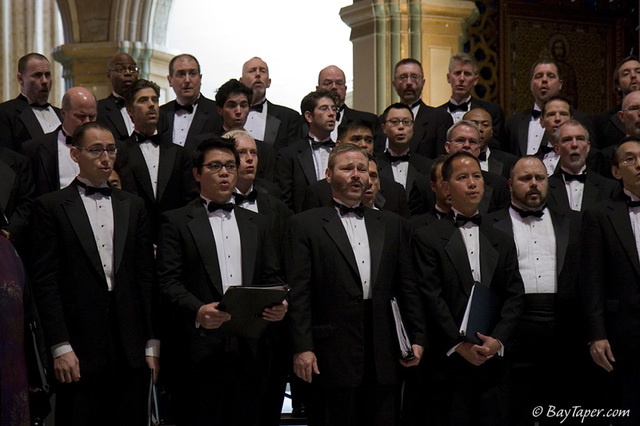 Golden Gate Men's Chorus founded