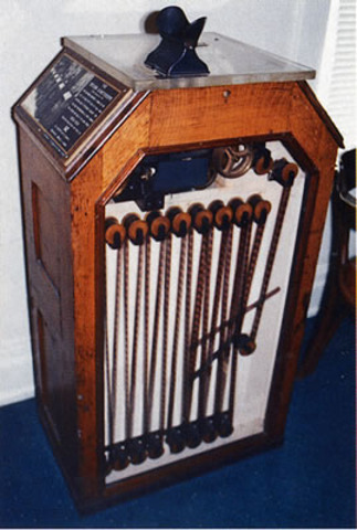 Thomas Edison made the kinetoscope, which made a 13 sec animated film.
