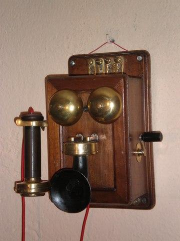 EL TELÉFONO 1870