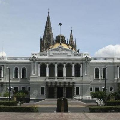 Historia de la Universidad de Guadalajara timeline
