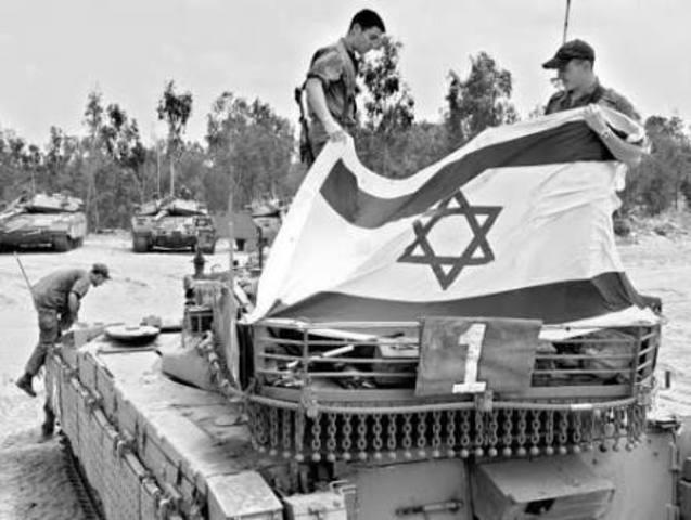 Se creo el Estado de Israel y se produce el bloqueo de Berlin
