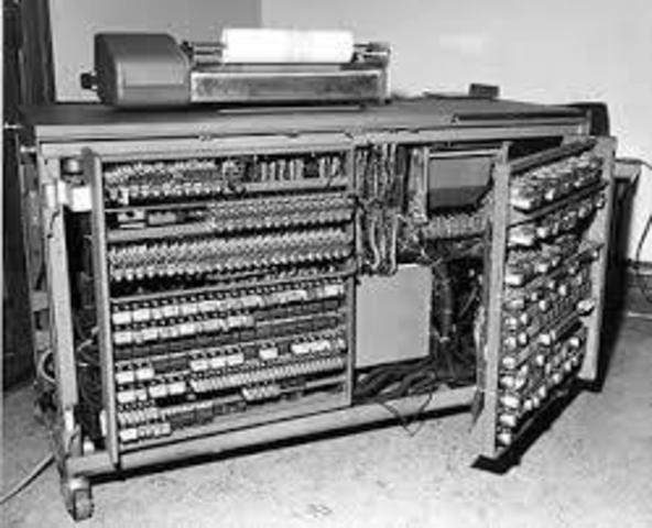 Computadora electromecánica binaria sin sistema operativo