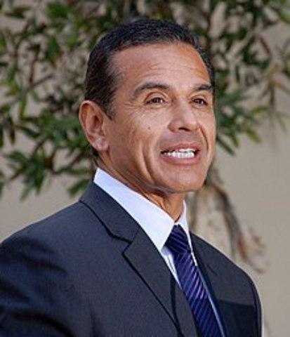Antonio Villaraigosa, primer alcalde chicano de Los Ángeles
