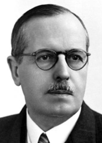 Dr. BERNARDO HOUSSAY (ARGENTINA)