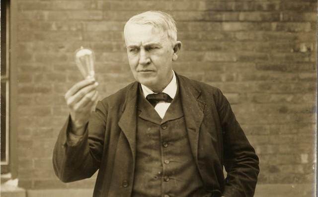 Bombilla por Thomas Alba Edison