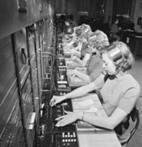 Nace el telemarketing