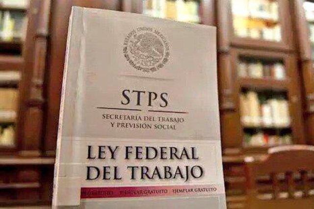 Ley Federal del trabajo.