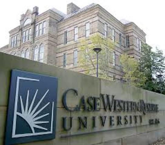 En la Universidad de la Western Reserve