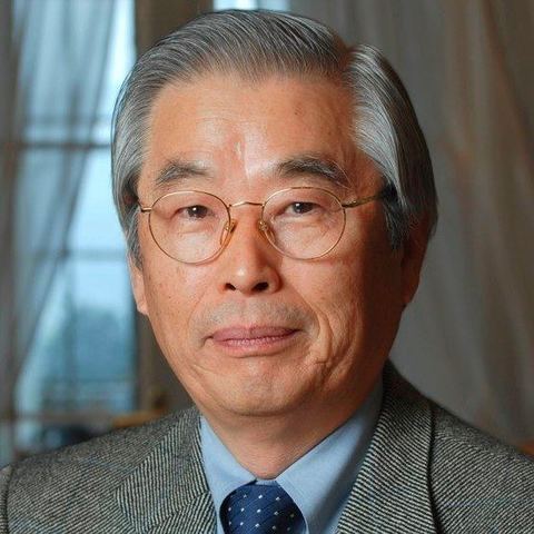 Sumio Iijima