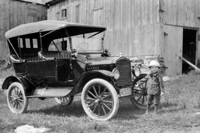 Henry Ford produces his first Model T