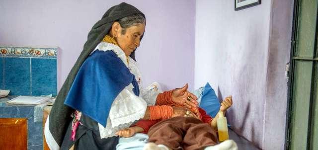 Medicina practicada por los médicos indígenas