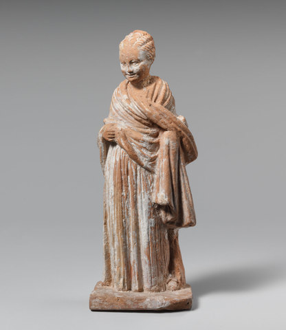 Terracotta statue of a standing girl (Hellenistic)