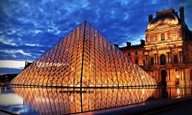 Apertura del museu Louvre