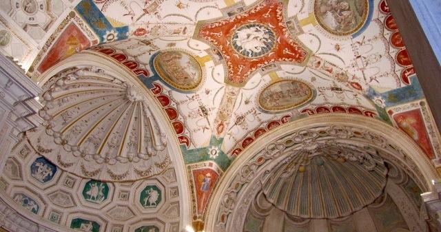 Villa Madama, decorazioni Giovanni da Udine, Bandinelli, Giulio Romano,  et al