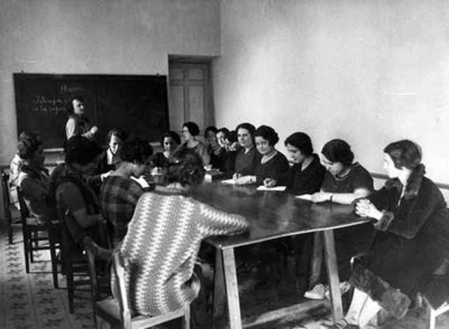 LA EDUCACIÓN ECUATORIANA ANTES DE 1950