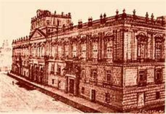 El colegio de San Pedro y San Pablo y  de San Idelfonso se fusionan y forman la Escuela Nacional Preparatoria