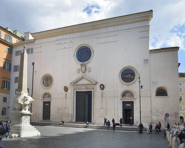 Baldassarre Peruzzi, s Maria sopra MINERVA:restauro area presbiteriale, 1533