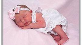 baby born december 25, 2009 timeline