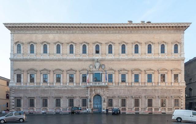 Michelangelo, Palazzo Farnese e altri; Cupola