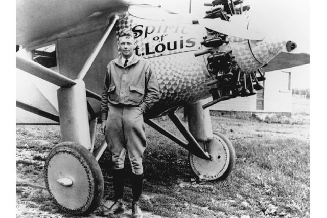 Charles lindbergh makes the first non-stop trans-Atlantic flight