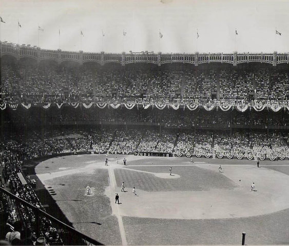 First game in the newly build Yankee Stadium is played