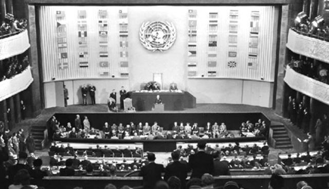 Se reconoce la protecciòn de los datos personales en la Declaración Universal de los Derechos Humanos.