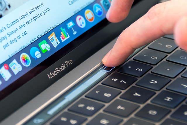 APPLE MacBook Pro 2010
