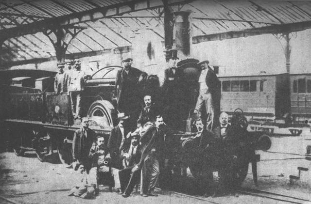 Primer ferrocarril: Barcelona-Mataró.
