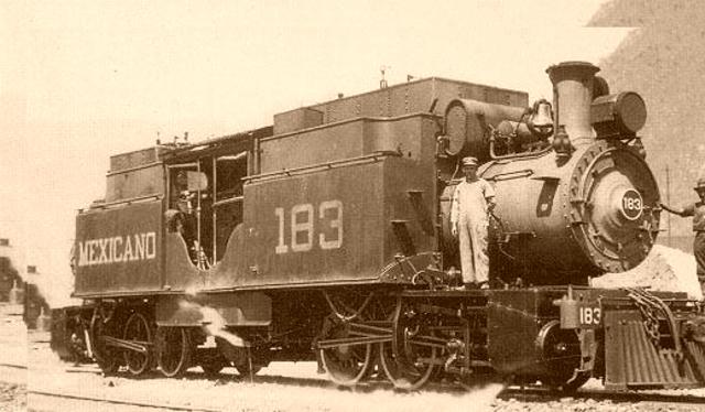 Se inaugura línea del ferrocarril Mérida-Progreso