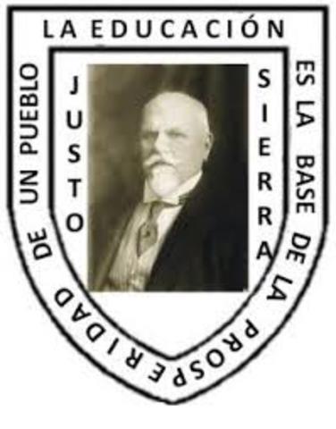 Justo Sierra promueve el establecimiento de la Ley de Educación Primaria para el Distrito Federal  y los Territorios.