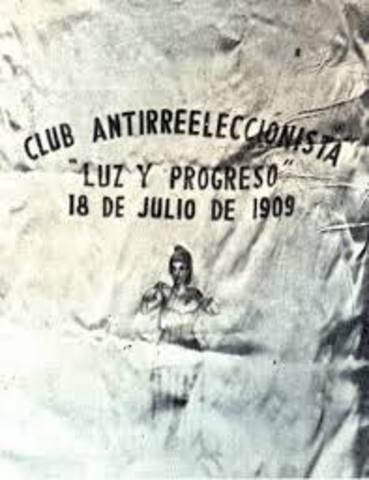 Se constituye el Club Central Antirreeleccionista de México