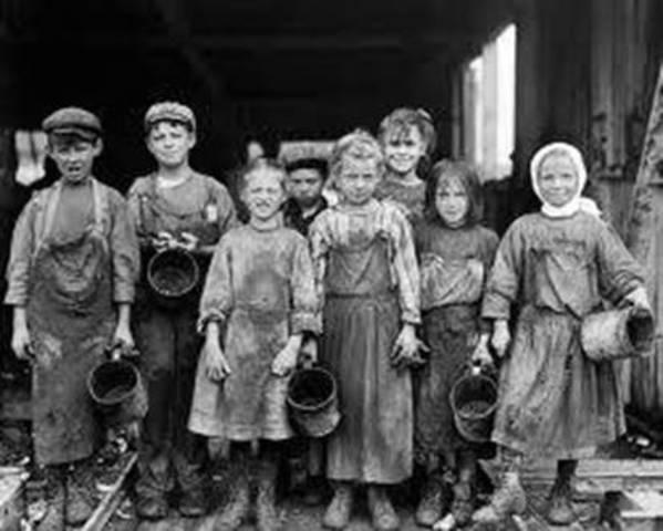 (1841) Surge la ley de trabajo para niños .