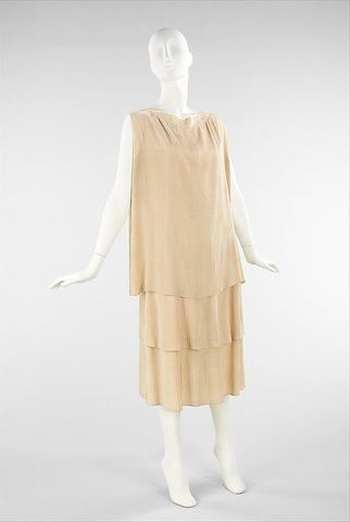 ART: Dress by Madeleine Vionnet