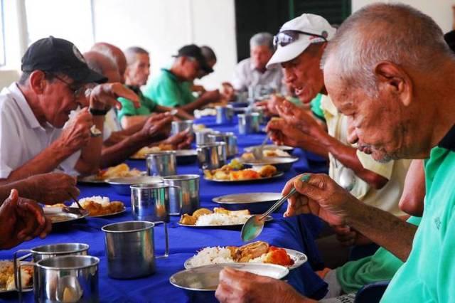 COLOMBIA: Creación del Programa Nacional de Alimentación para el Adulto Mayor
