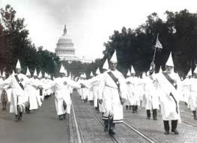 Klansmen March