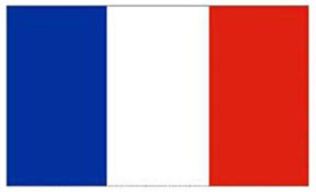 Women vote in France