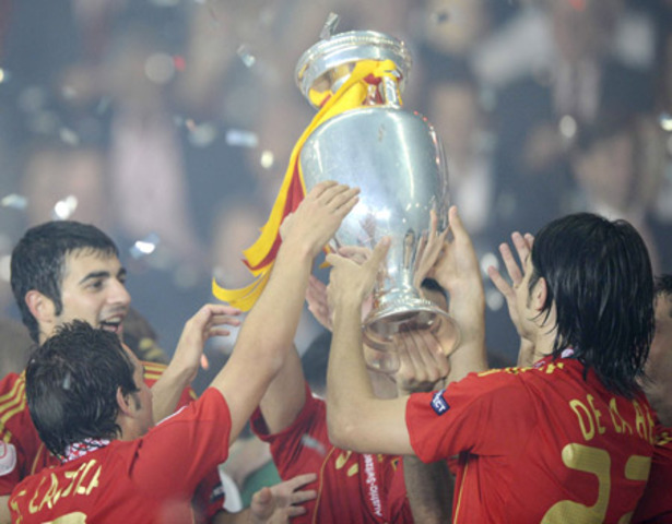 He won UEFA European Under-19 Football Championship with Spain