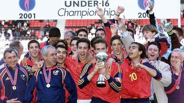 He won UEFA European Under-16 Football Championship with Spain