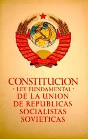 1ª CONSTITUCIÓN DE LA URSS: