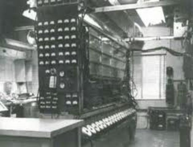 Primera cinta magnetica en computadora
