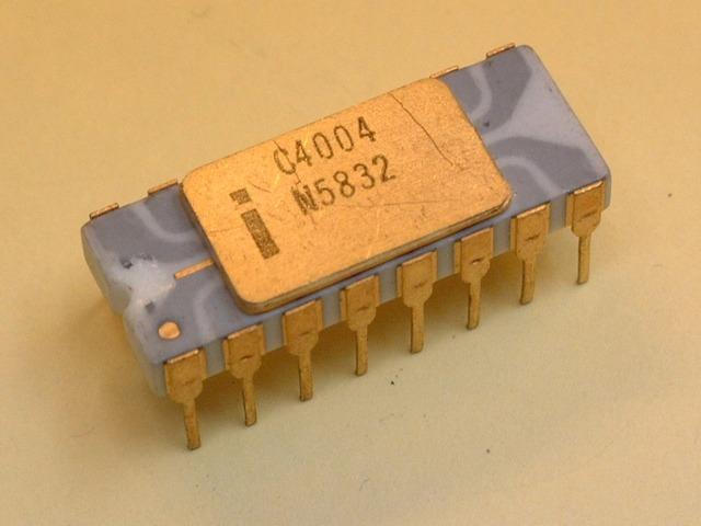 Primer microprocesador Intel 4004,