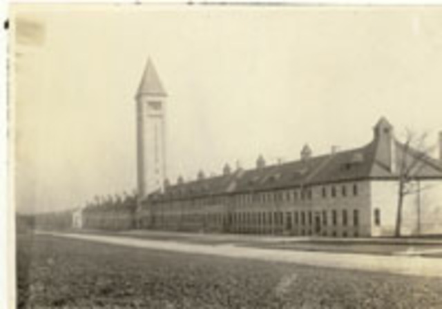 Fort Sheridan opens