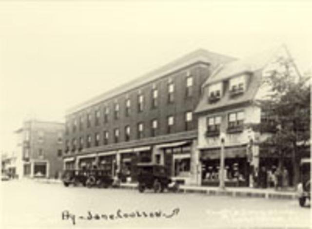 Blackler Building built