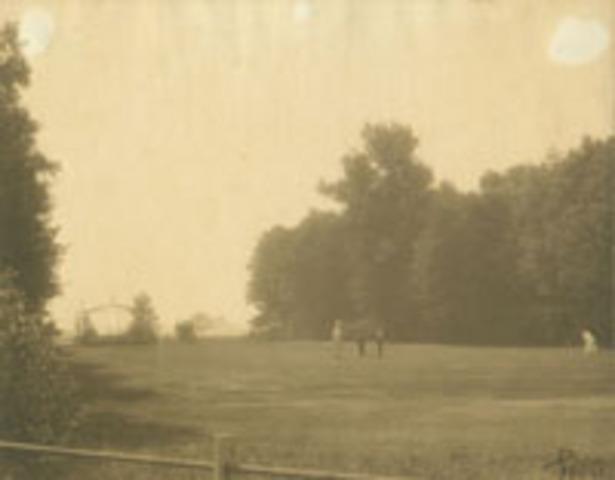 Lake Forest Golf Club formed