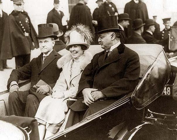 Calvin Coolidge stops Nicaragua war
